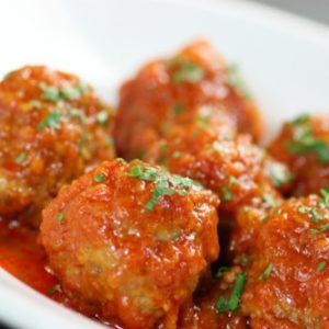 Thịt heo viên sốt cà chua